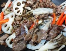 牛肉と蓮根の炒めたん 調理④
