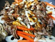 牛肉と蓮根の炒めたん 調理⑤