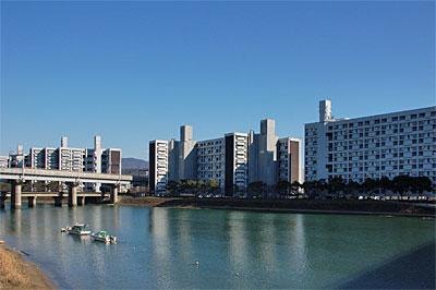 長寿園高層アパート01