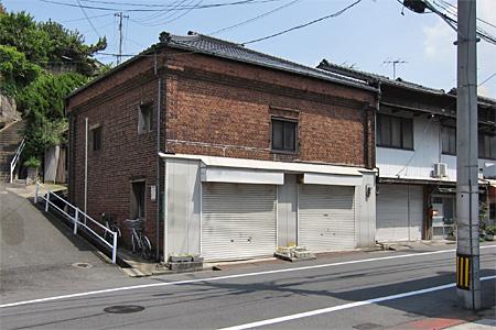 八幡東区のレンガ建築02