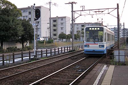 萩原駅の踏切04