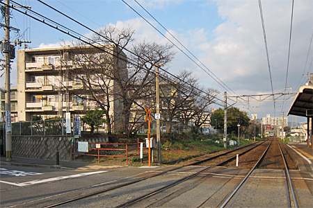 萩原駅の踏切07