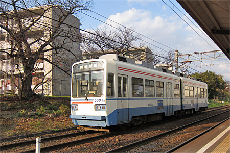 萩原駅の踏切08