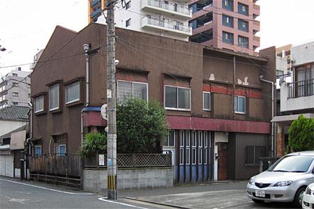 神屋町の旧カフェー建築01