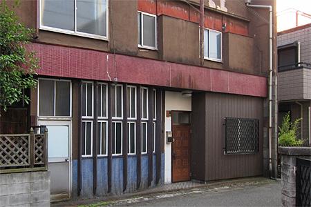神屋町の旧カフェー建築02