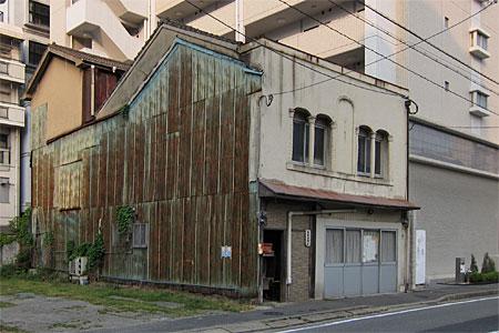 神屋町の旧カフェー建築13