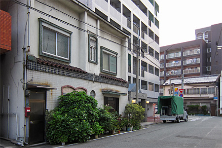 神屋町のカフェー30
