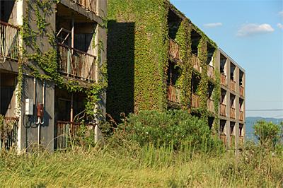 池島の炭鉱住宅05