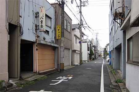 香春口の飲み屋街01