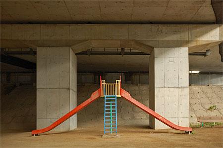 門司港ICの高架下公園04