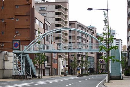 西小倉横断歩道橋02