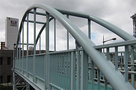 西小倉横断歩道橋04