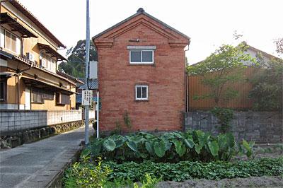 太宰府市のレンガ建築01