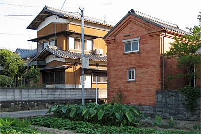 太宰府市のレンガ建築02