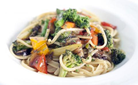 Linguine+Vegetable+Medley_convert_20120915090354.jpg
