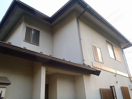 ①屋根・外壁