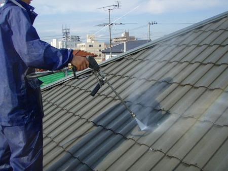 03 瓦屋根高圧洗浄01