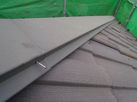 07 瓦屋根棟押え板金止め釘の浮き