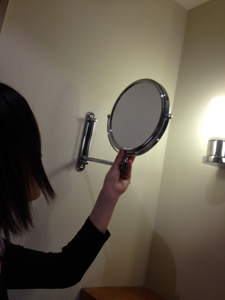鏡ヽ(´ー`)ノ