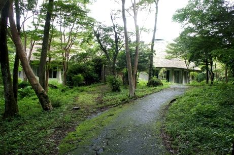 箱根樹木園休憩所①