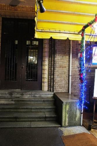 公会堂多賀 外構入り口