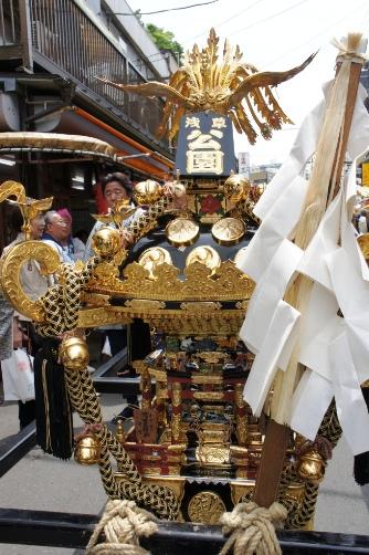 三社祭・御神輿