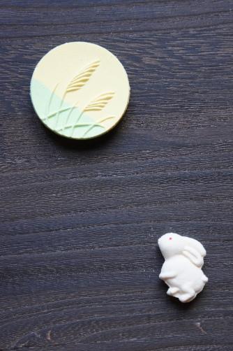 お月見のお干菓子・塩瀬①