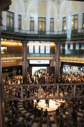 201210東京駅・二階から