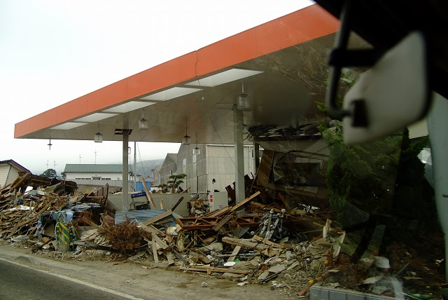 gas-station01-05072011
