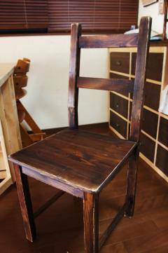 ダイニングの椅子2