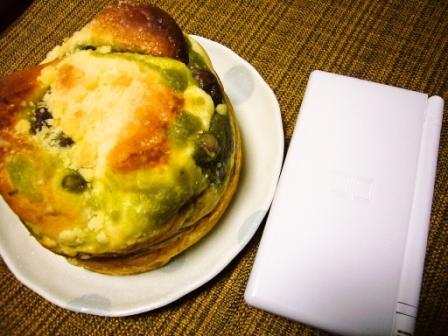 抹茶小豆パン2
