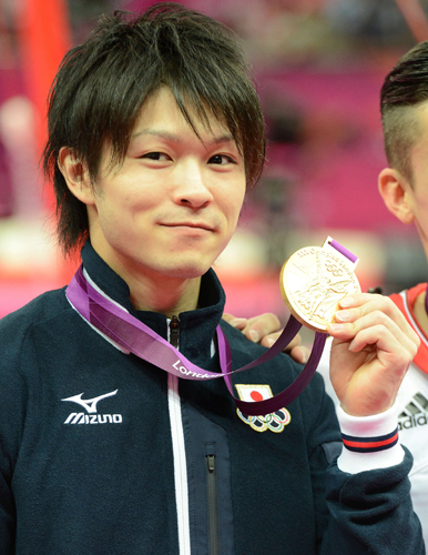uchimura-medal120801-f-ns-big[1]