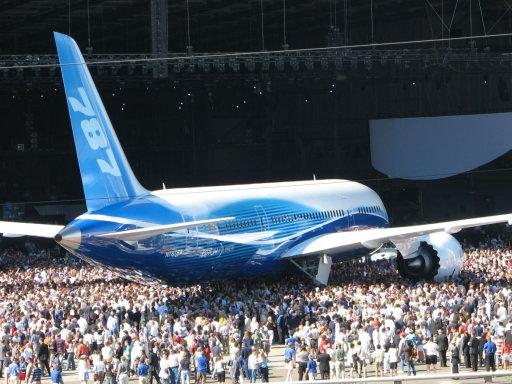 Boeing787Dreamliner_03[1]