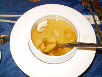 ロワイヤルコンソメスープ