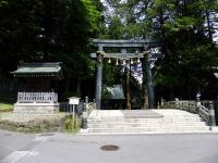 諏訪大社本宮・東参道