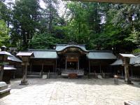 諏訪大社本宮・拝殿
