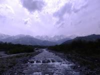 アルプスの雪解け水の清流