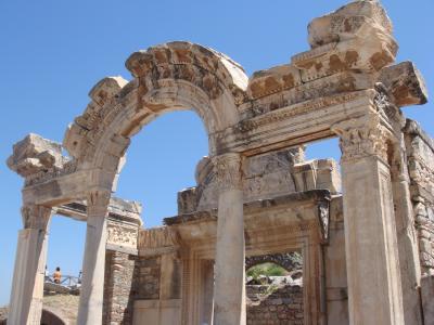 エフェス ハドリアヌス神殿
