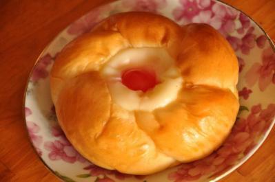 04  クリームフラワーパン