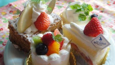 04 ブルーフォンセのケーキ