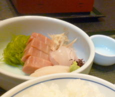 魚十のお刺身定食アップ