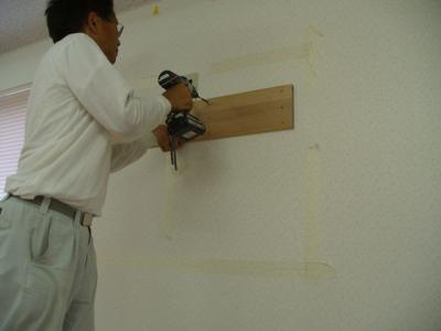 46インチアクオス 壁掛け設置工事 09