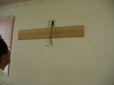 46インチアクオス 壁掛け設置工事 10