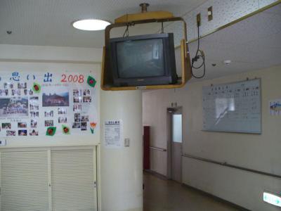 プラズマ天井吊り下げ工事 11