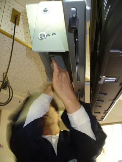 プラズマ天井吊り下げ工事 27