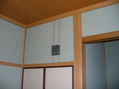 座敷でもおまかせ こだわりの テレビ壁掛け設置工事 04