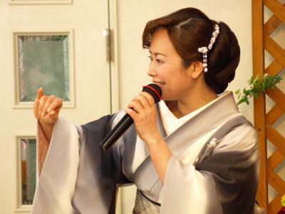 みのり~や カラオケパーティーで 葵かを里さん 熱唱 01