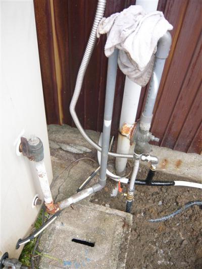 エコキュート 給水配管