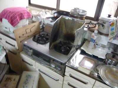 11 生口島 N様邸 リフォーム(タカラキッチン(L型)、クロス張替、床張替、天井張替、額縁塗装) べんりMAN 15