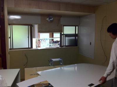 17 生口島 N様邸 リフォーム(タカラキッチン(L型)、クロス張替、床張替、天井張替、額縁塗装) べんりMAN 15